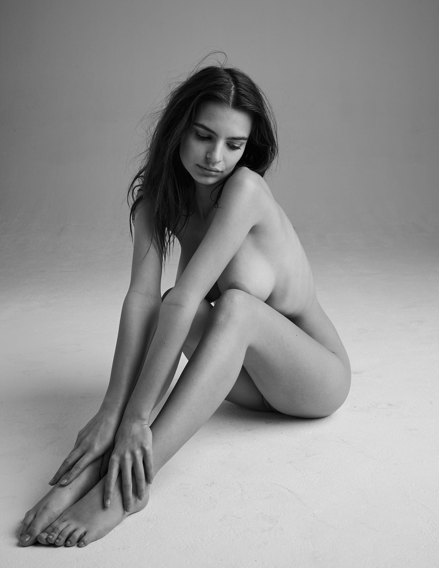 5Emily-Ratajkowski-Nude-10-thefappeningblog.com_.jpg