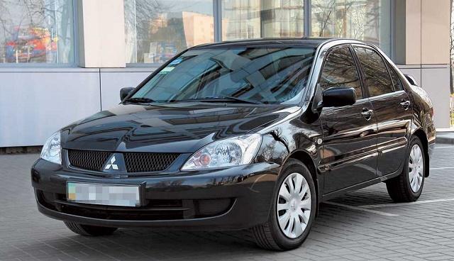Обзор подержанных автомобилей до 350 тыс. рублей Mitsubishi Lancer IX