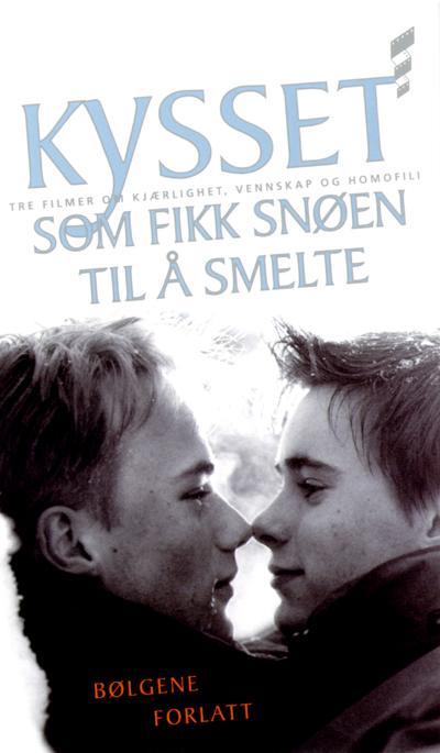 Поцелуй На Снегу